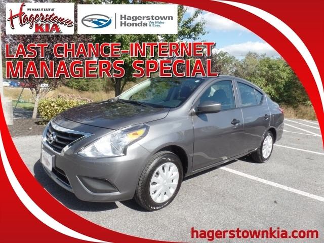 Pre-Owned 2019 Nissan Versa S