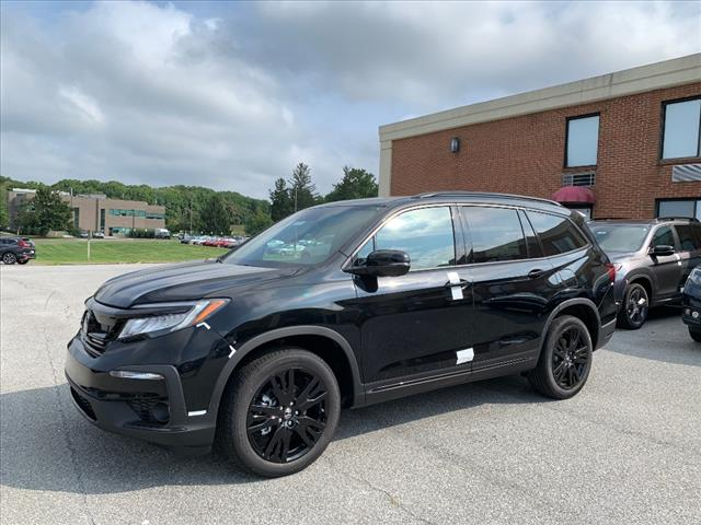 New 2020 Honda Pilot AWD BLACK EDITION