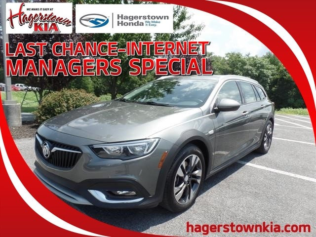 Pre-Owned 2018 Buick Regal TourX Preferred